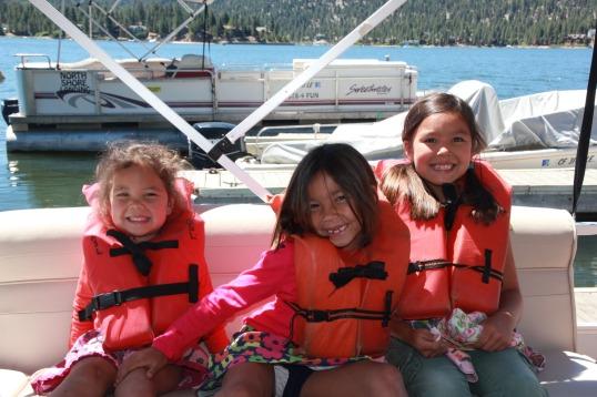 pontoon sisters